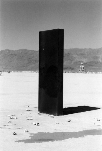 black-monolith-space-odyssey